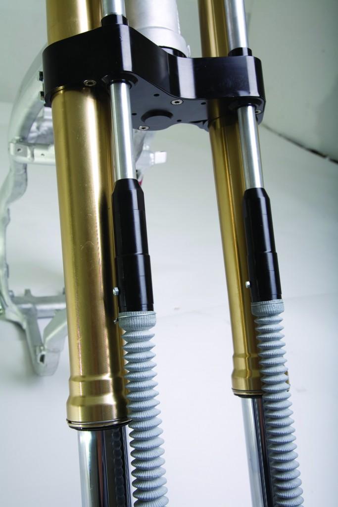 axuri-de-transmitere-683x1024 Motociclete cu tracțiune integrală