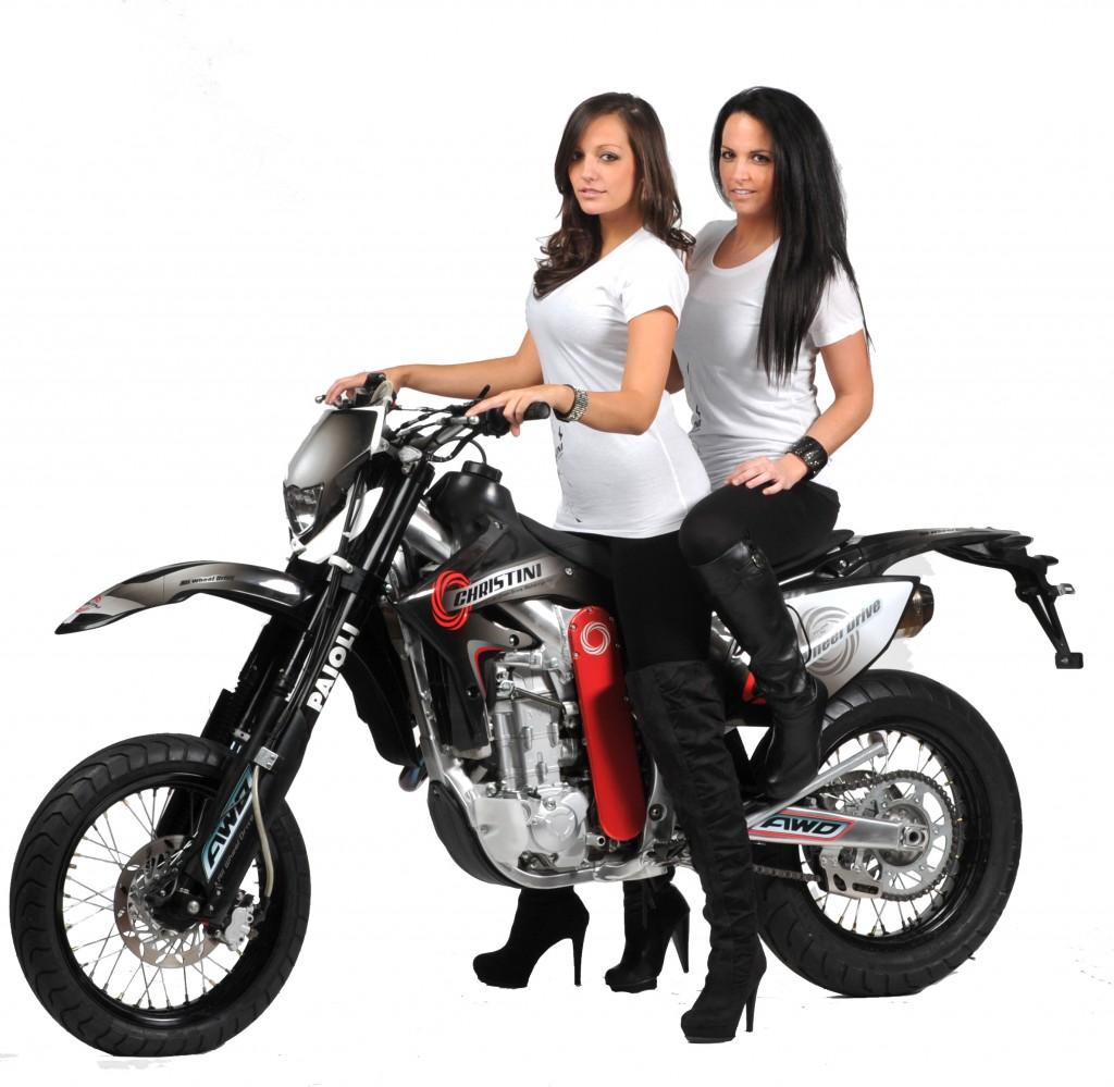 poza-principala-1024x999 Motociclete cu tracțiune integrală