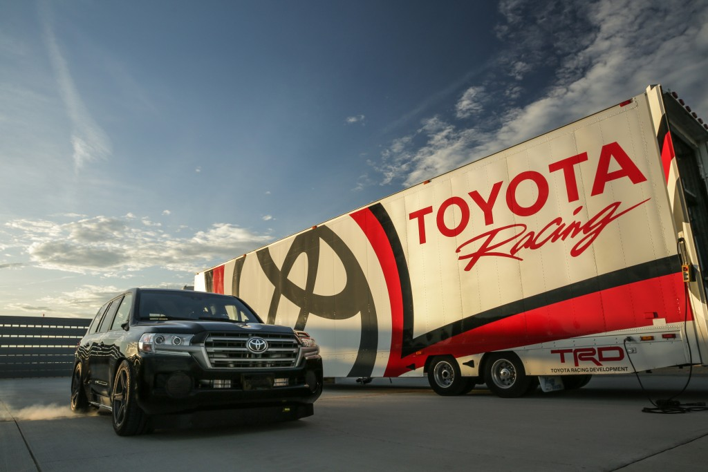 Land-Speed-Cruiser-oficial-1024x683 Cele mai rapide SUV-uri din lume...