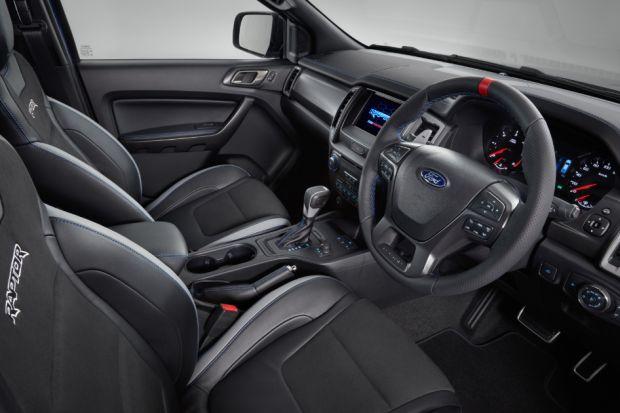 ford-ranger-raptor-interior Noul Ford Ranger Raptor vine cu 210 cai putere si o suspensie off-road