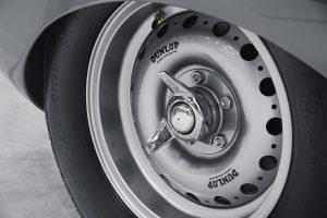 jclassicdtype05021826-resize-1024x682-300x200 Renaste D-Type: Jaguar a prezentat (poate) cea mai spectaculoasa masina a anului