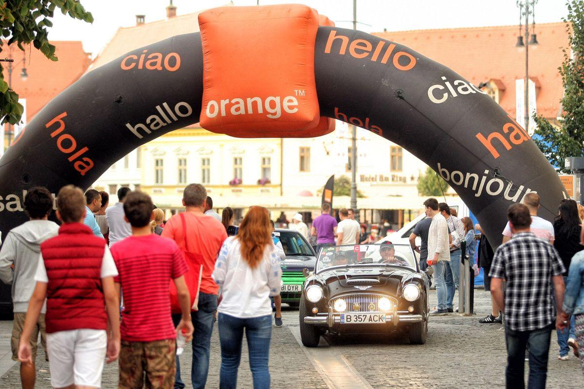 w-133 Sibiu Rally Romania a fost inclus în calendarul FIVA alături de cele mai prestigioase competiții de mașini istorice din lume