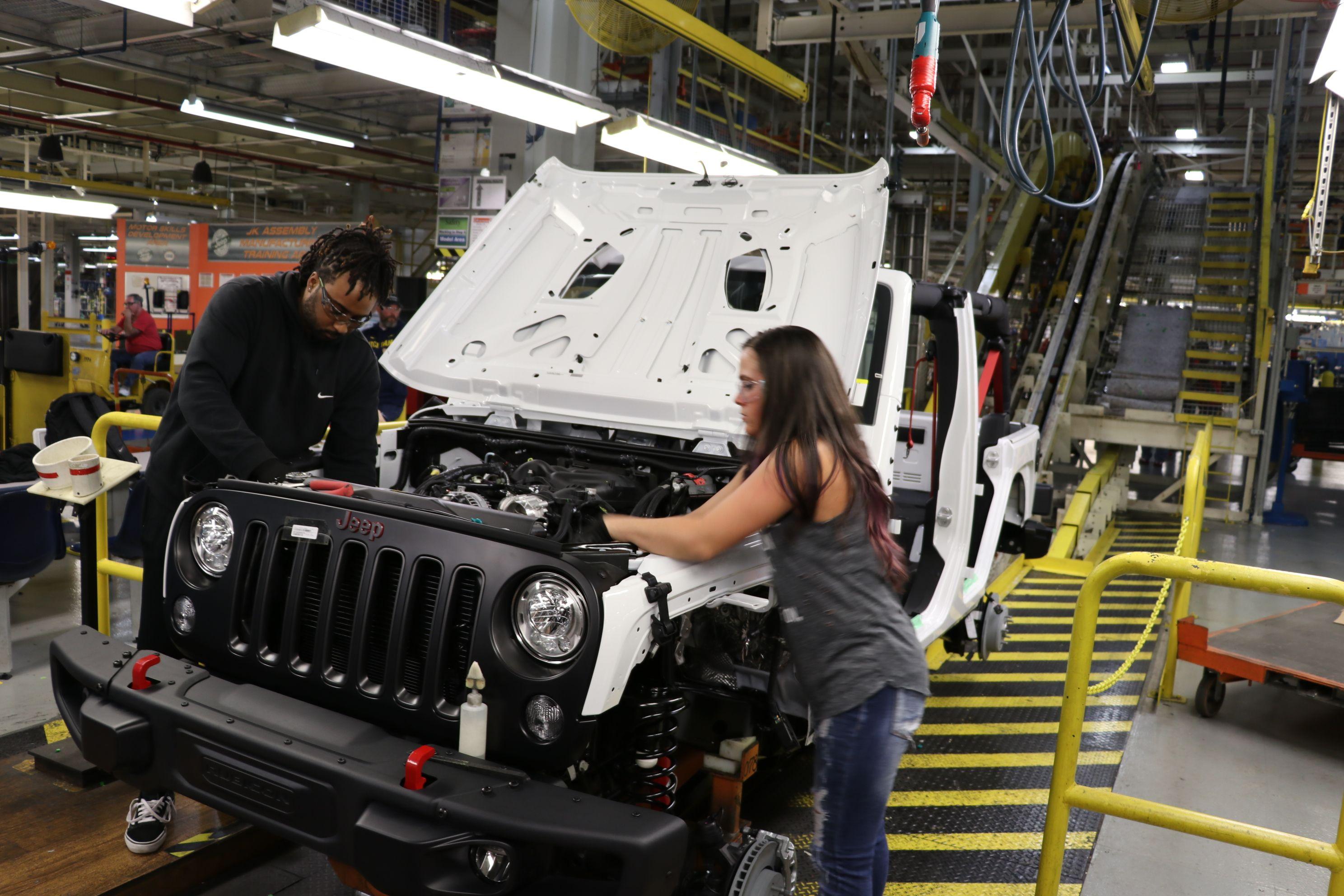 jeep1 Jeep nu va mai produce modelul Wrangler JK