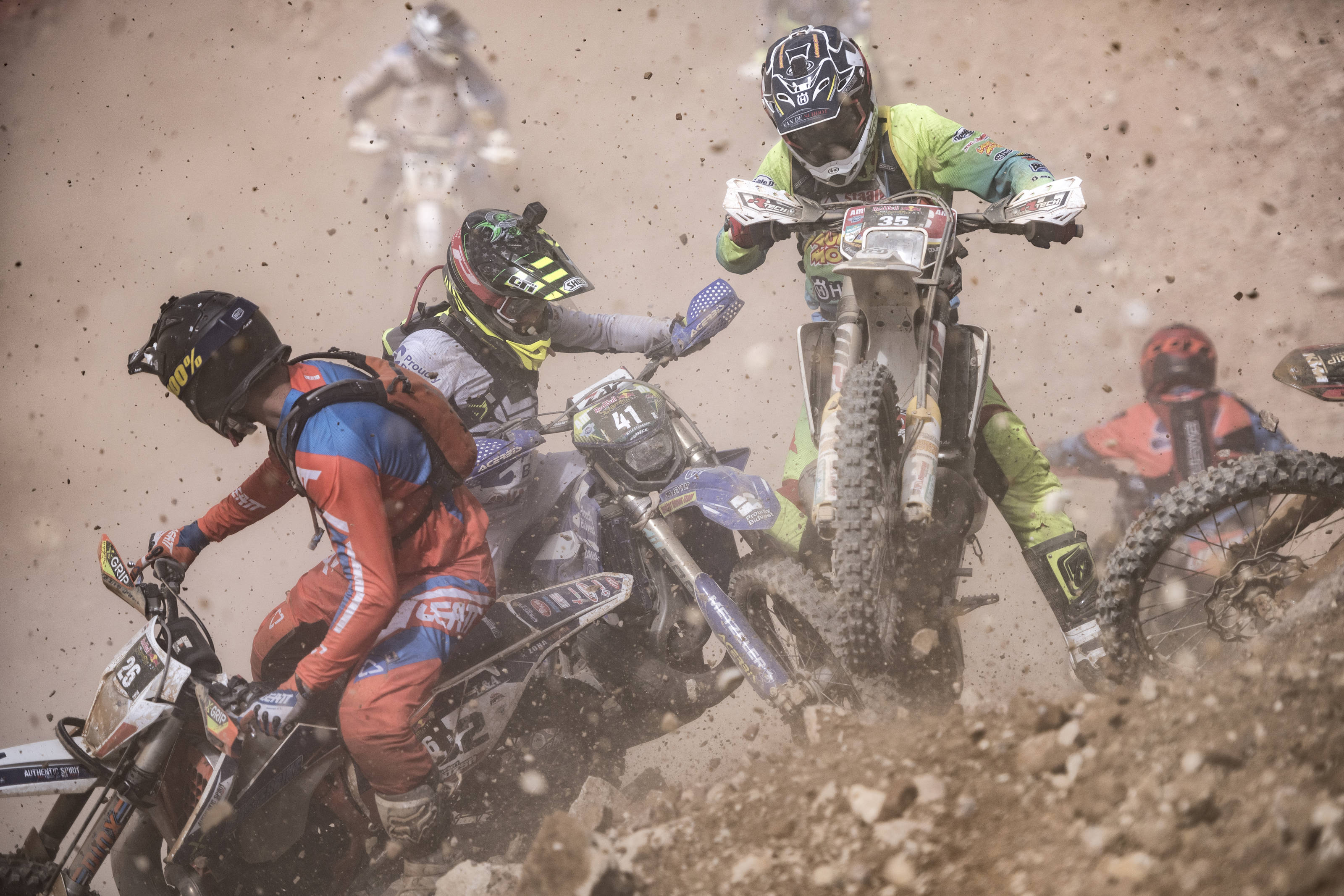 AP-1VV5SFZ9D2111_news Graham Jarvis cucerește Erzbergrodeo Red Bull Hare Scramble