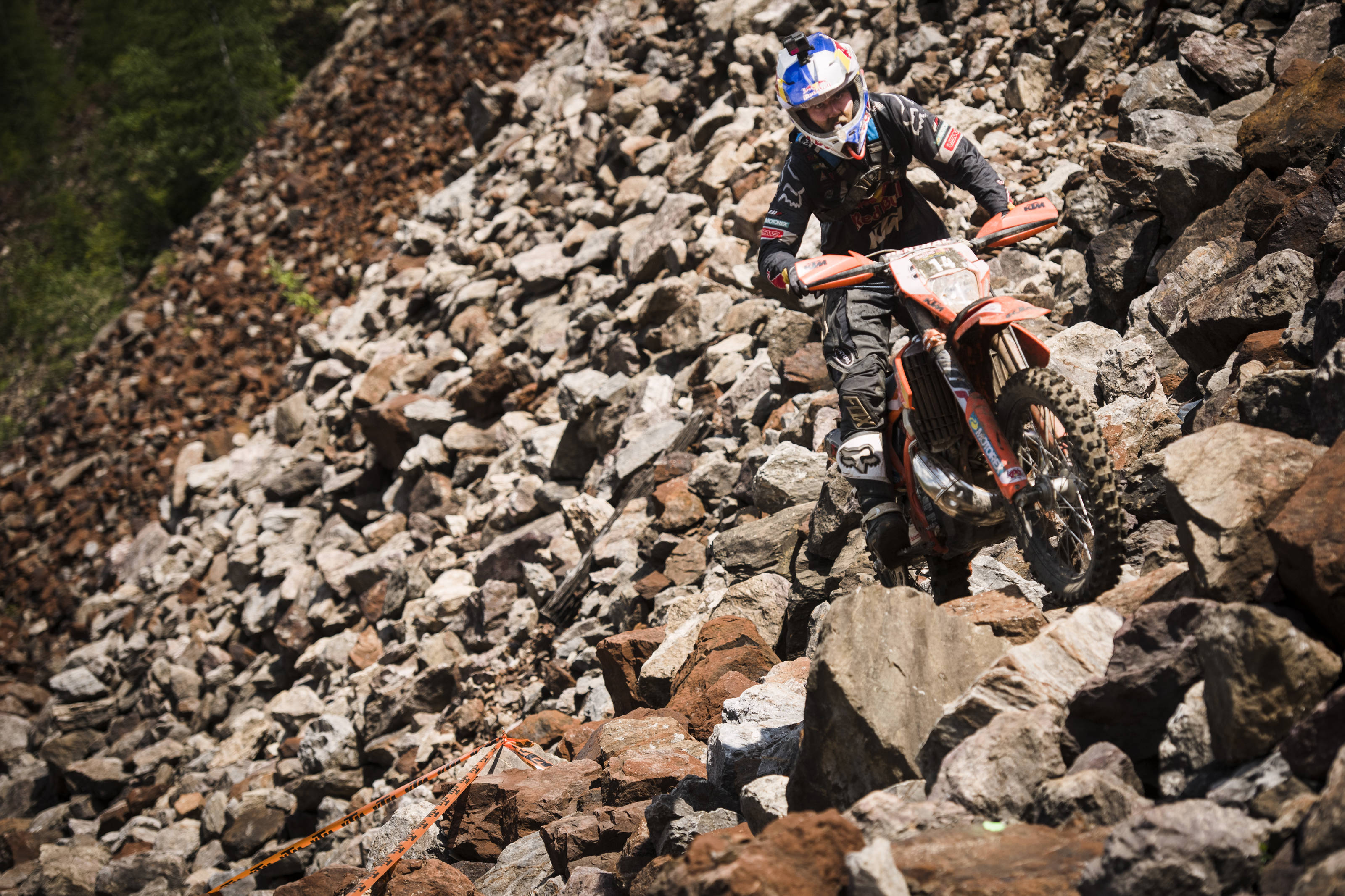 AP-1VV5SZJM52111_news Graham Jarvis cucerește Erzbergrodeo Red Bull Hare Scramble