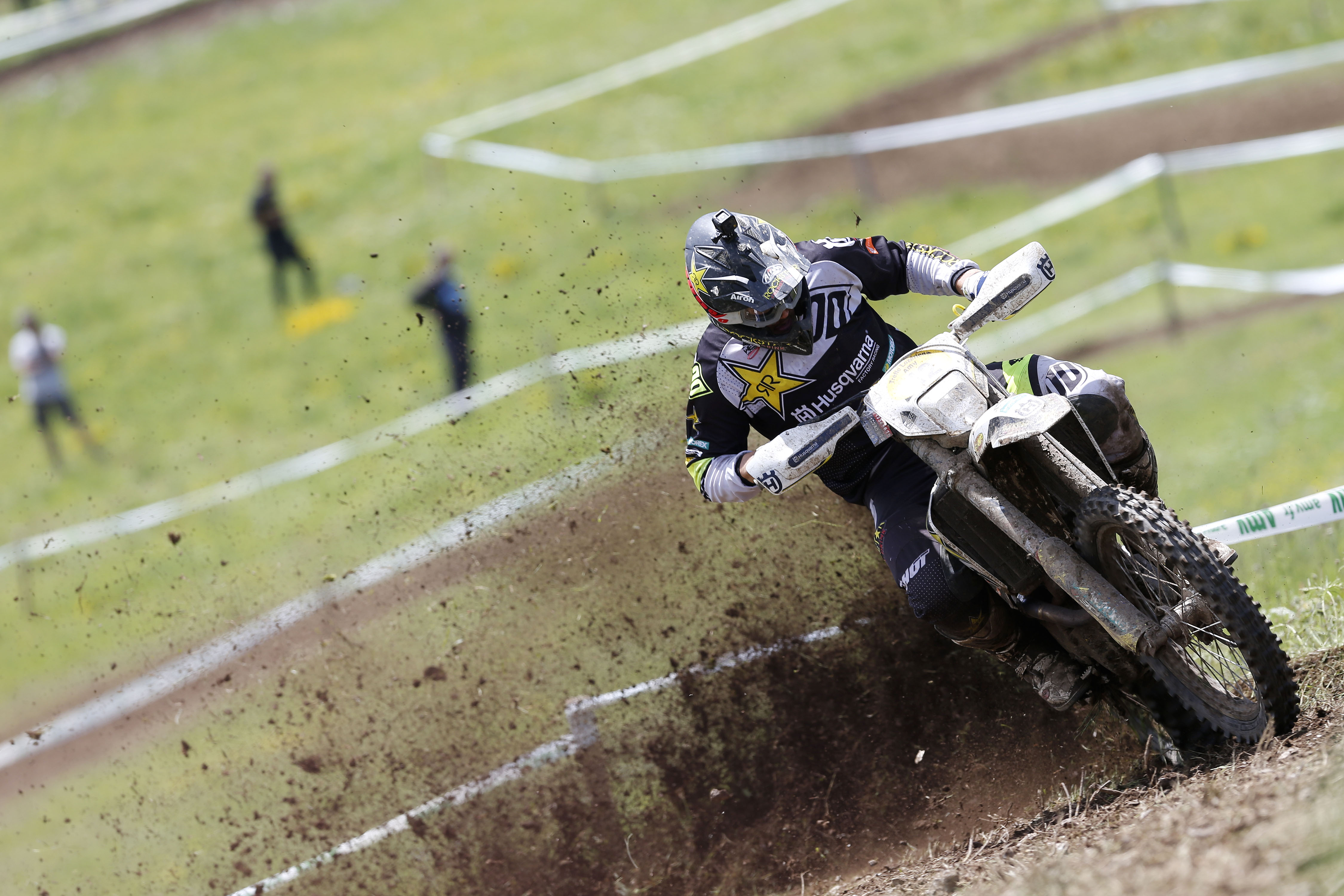 Billy-Bolt-Rockstar-Energy-Husqvarna-Factory-Racing Pilotii Rockstar Energy Husqvarna Factory Racing isi mentin pozitiile in top 5 in campionatul WESS