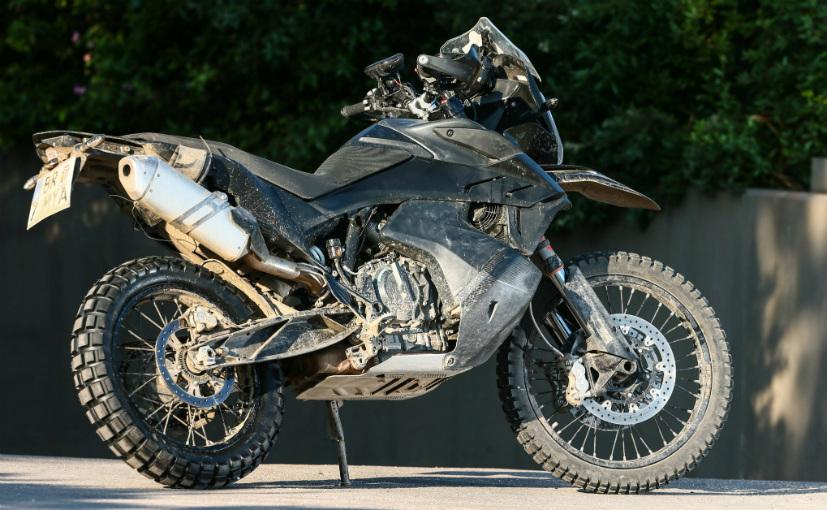 ktm1 KTM a dezvaluit un prototip avansat al viitorului model 790 Adventure R