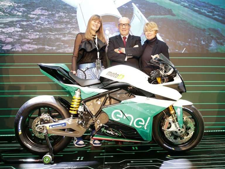 The-Current-New-Era-For-MotoGP-Energica-Dorna-Enel-CEOs-768x576 Motocicletele electrice - o noua era pentru MOTOGP ?