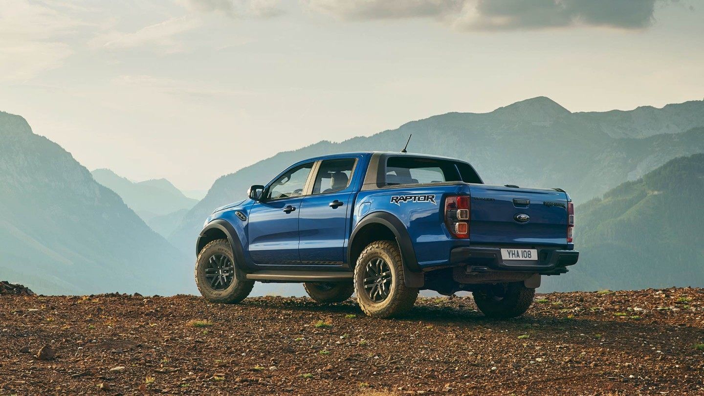 Ford-Ranger_Raptor-EU-2018_FORD_RANGER_RAPTOR_Shot20_34RearStatic_03_16x9-2160x1215.jpg.renditions.extra-large Ford a lansat Ranger Raptor in Europa
