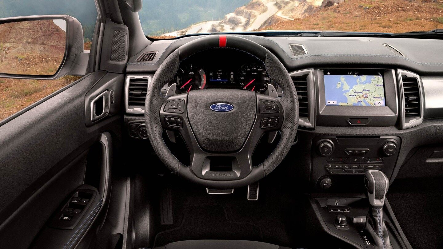 Ford-Ranger_Raptor-EU-2018_FORD_RANGER_RAPTOR_Shot39_Interior_01_16x9-2160x1215.jpg.renditions.extra-large Ford a lansat Ranger Raptor in Europa