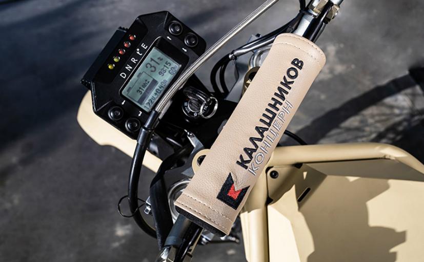 Kalashnikov1 Producatorul de arme Kalashnikov a lansat... o motocicleta electrica!