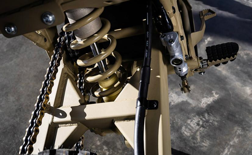 Kalashnikov2 Producatorul de arme Kalashnikov a lansat... o motocicleta electrica!
