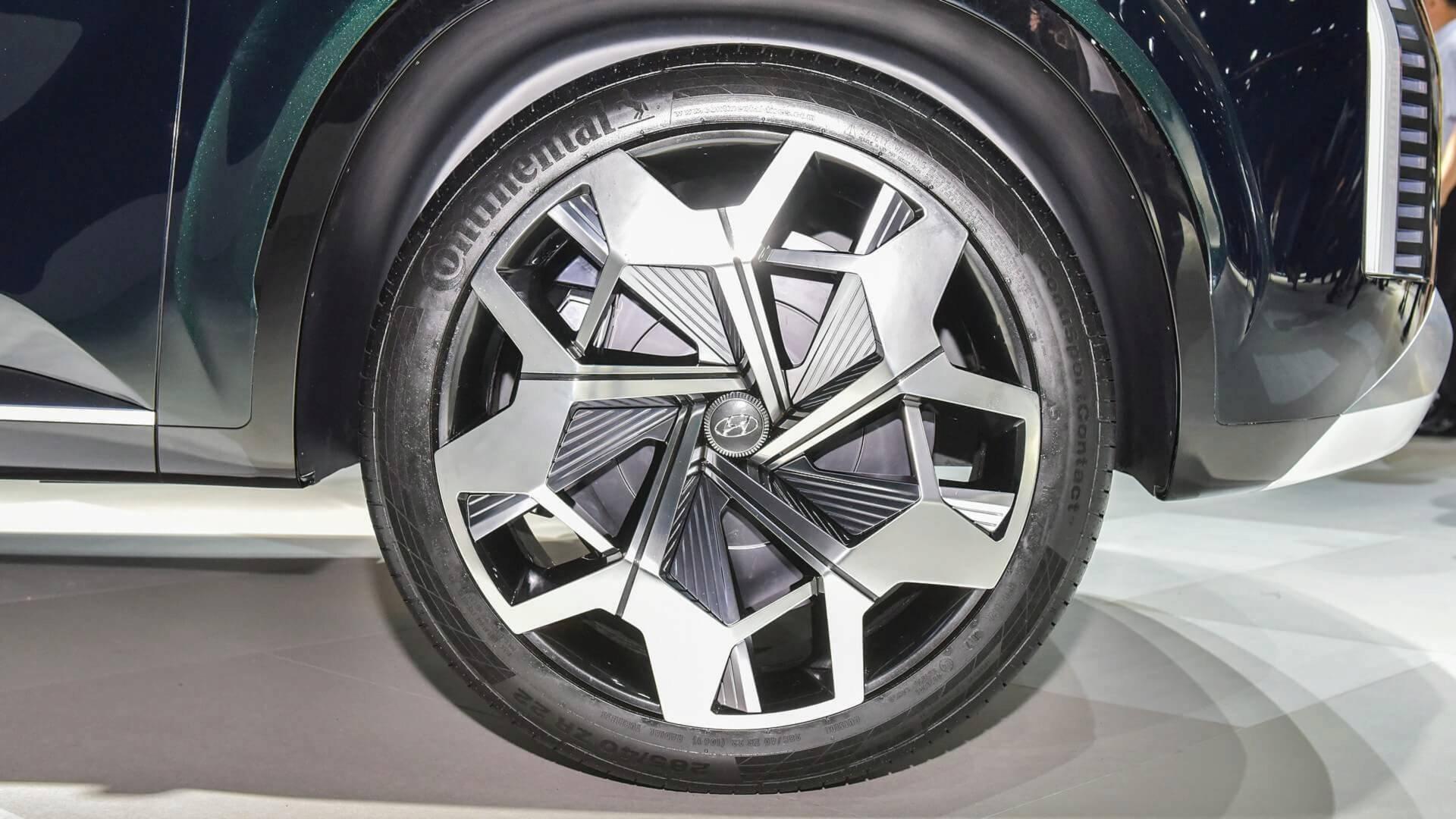 hyundai-hdc-2-grandmaster-concept-6 SUV-ul Hyundai se zvoneste a fi un concurent pentru Toyota Land Cruiser