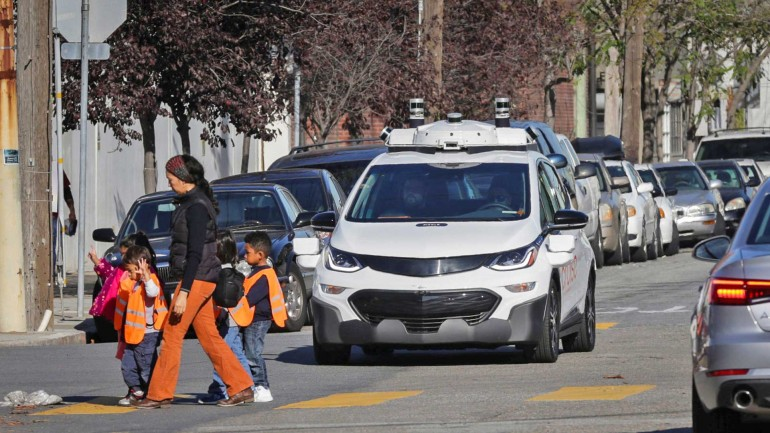 SelfDrivingBolt-770x433 Opinie: despre masinile autonome, motociclisti si culpa