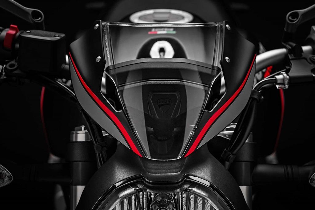 ducati-monster-2019 Ducati Monster 821 Stealth - perfect pentru toata lumea !