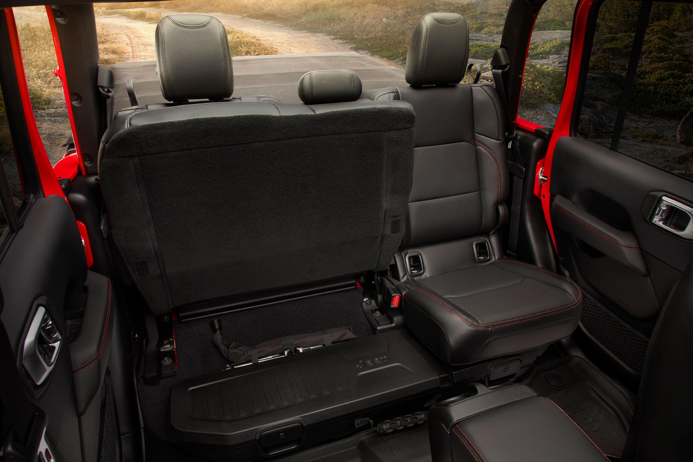 jeep-interior Noul Jeep Gladiator si tot ce trebuie sa stim despre el