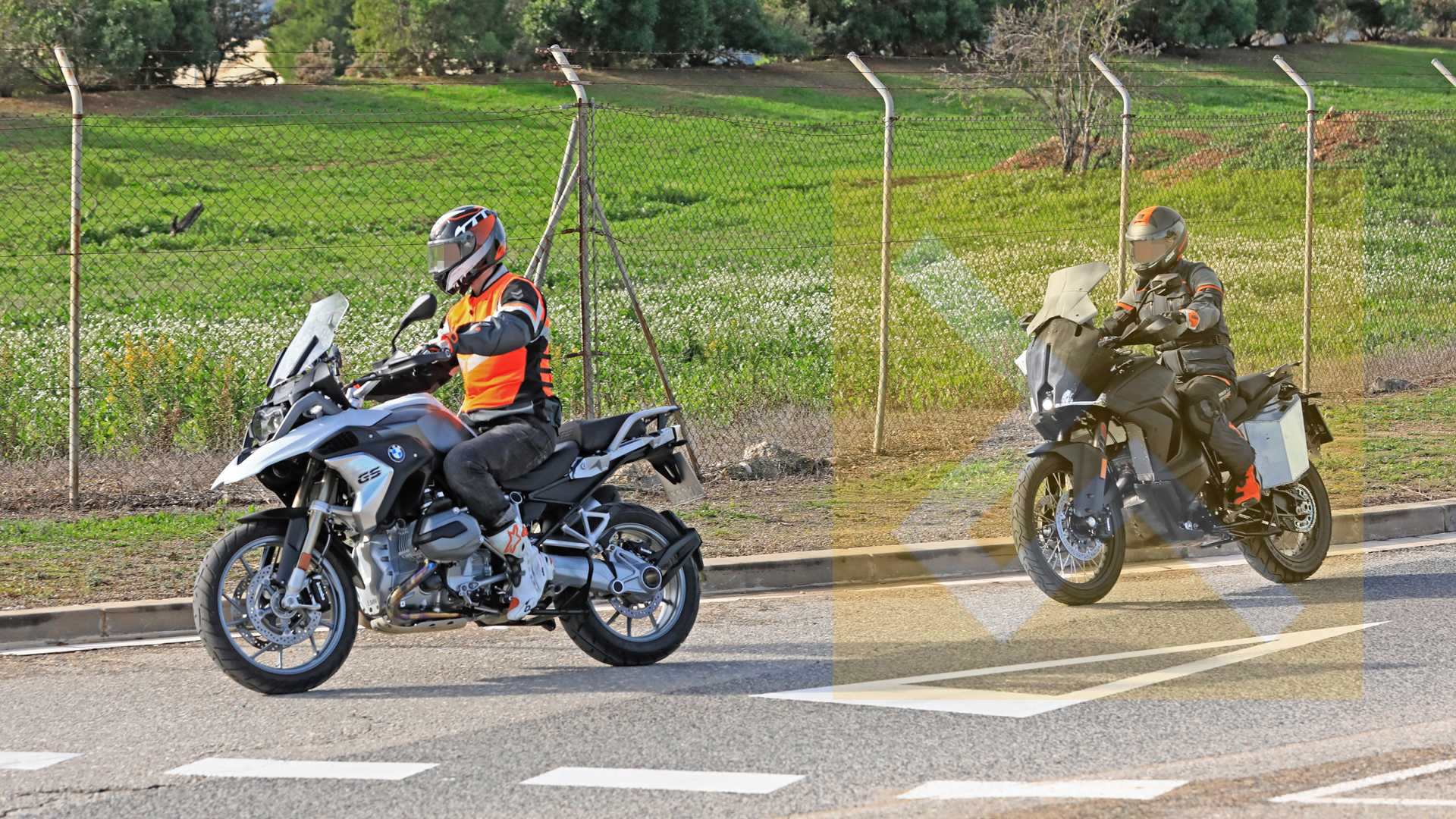 2020-ktm-1290-super-adv-1-9463 KTM 1290 Duke Super Adventure, surprins la teste