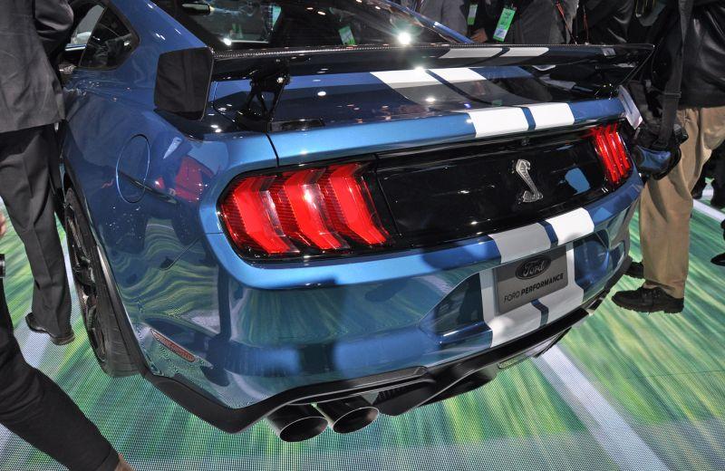 mustang-spate Ford a prezentat cel mai rapid Mustang din istorie