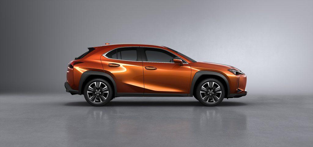 Lexus-UX-1024x483 Care sunt jantele la moda in 2019