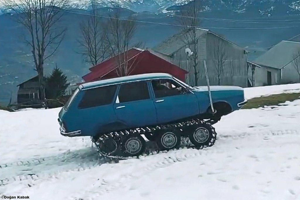 Renault-R-12-3-1024x683 Renault R12 snowmobil? Da, nu e gluma!