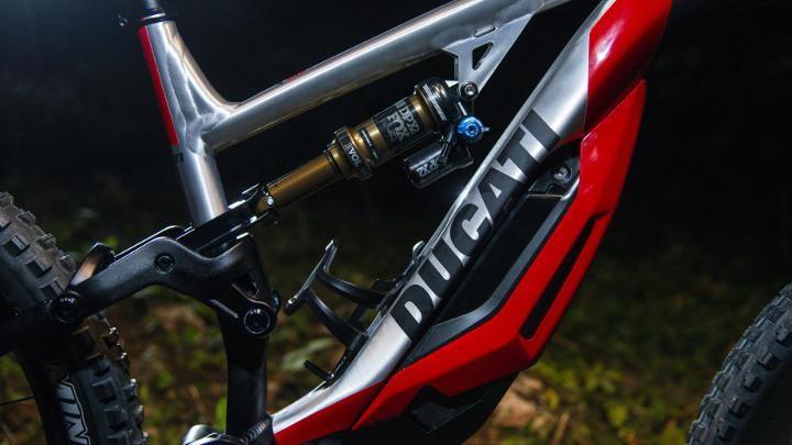 ducati-mig-rr-05-1548734283 Cadou de la Ducati: MIG-RR, un mountain-bike electric