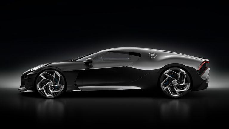 Bugatti-2 16,7 milioane euro pentru o masina noua? Da, suma s-a platit pentru Bugatti La Voiture Noire!