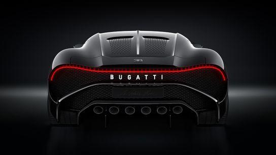 Bugatti-3 16,7 milioane euro pentru o masina noua? Da, suma s-a platit pentru Bugatti La Voiture Noire!