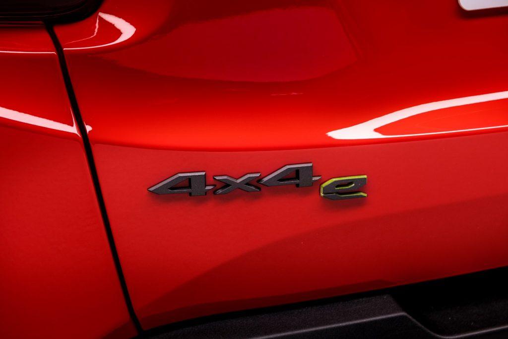 Jeep-plug-in-1024x683 Salonul Auto de la Geneva 2019: Plug-in hybrid pentru BMW X3, dar si Renegade si Compass