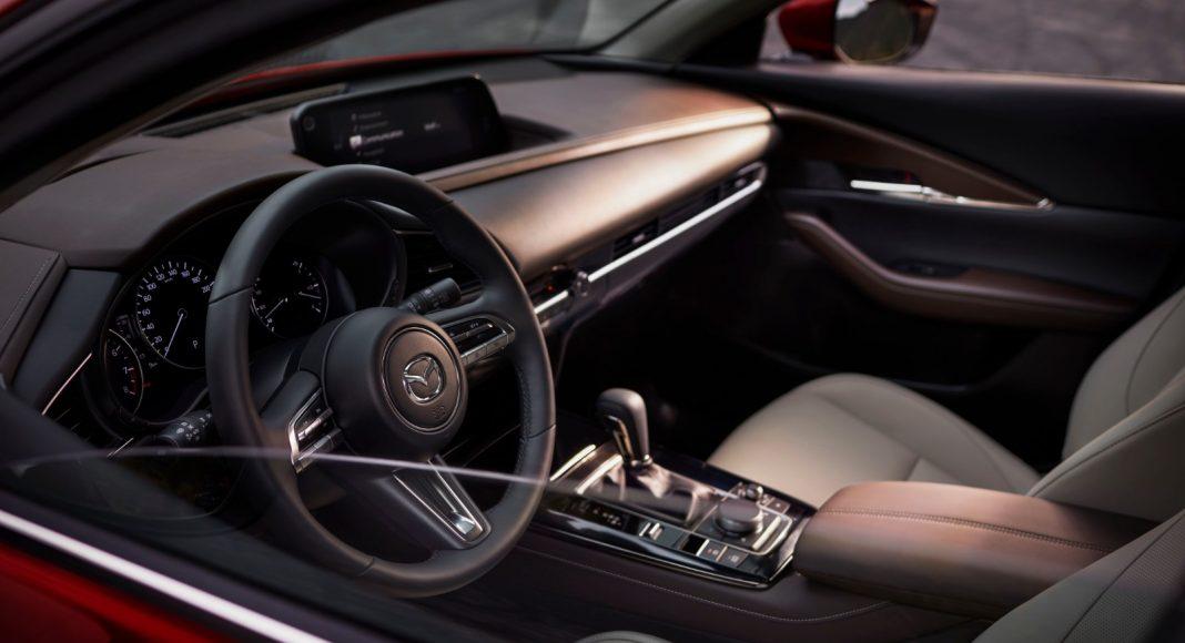 Mazda-CX-30_5-1068x580 Salonul Auto de la Geneva 2019: Mazda CX-30 completeaza familia SUV-urilor