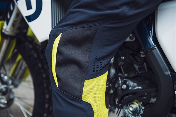 2020-Functional-Clothing-Offroad-Collection-4 Husqvarna a pus in vanzare colectia de echipamente off road 2019