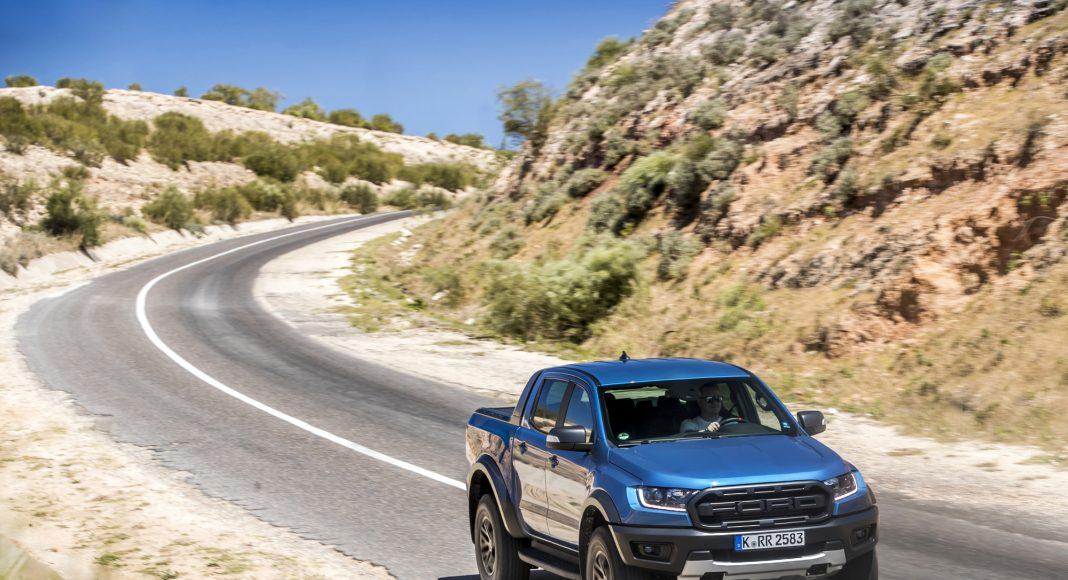 Ford-Ranger-Raptor-prova-su-strada-15-1068x580 Ford Ranger Raptor a sedus in Maroc!