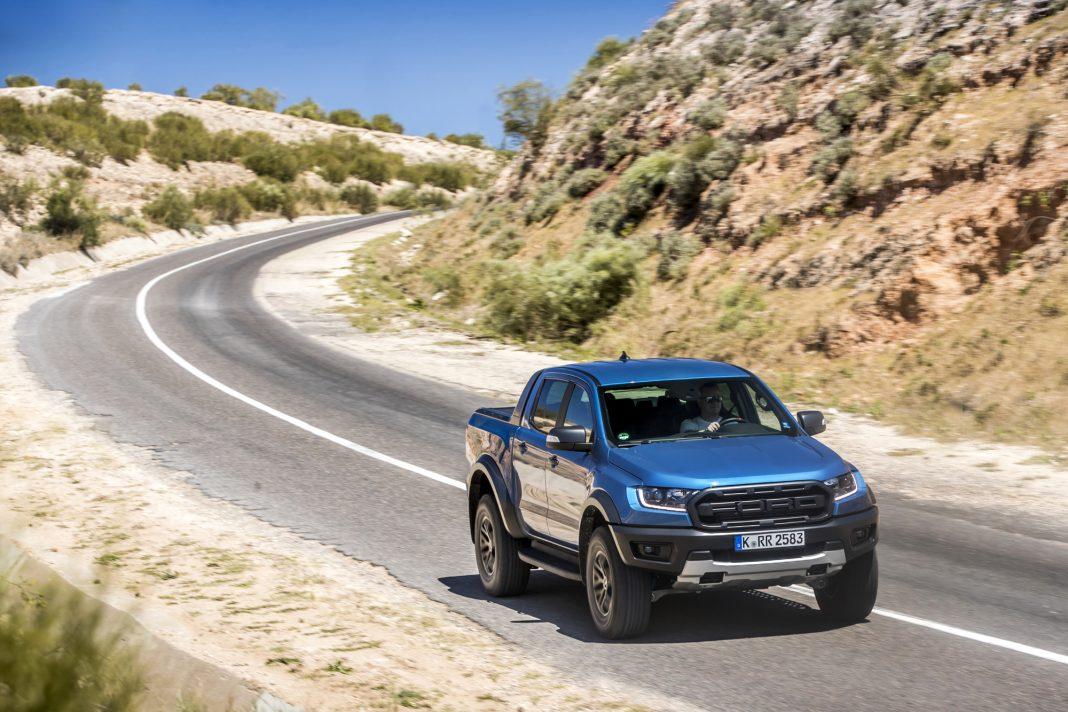 Ford-Ranger-Raptor-prova-su-strada-15-1068x712 Ford Ranger Raptor a sedus in Maroc!