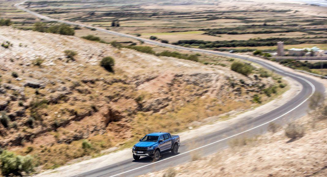 Ford-Ranger-Raptor-prova-su-strada-17-1068x580 Ford Ranger Raptor a sedus in Maroc!