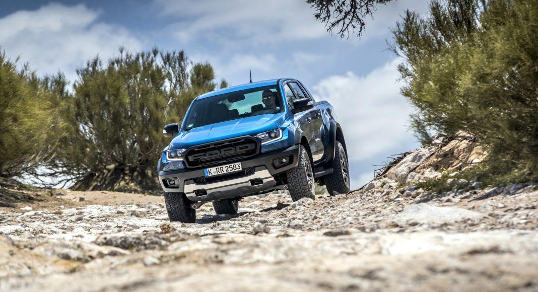 Ford-Ranger-Raptor-prova-su-strada-38-1068x580 Ford Ranger Raptor a sedus in Maroc!