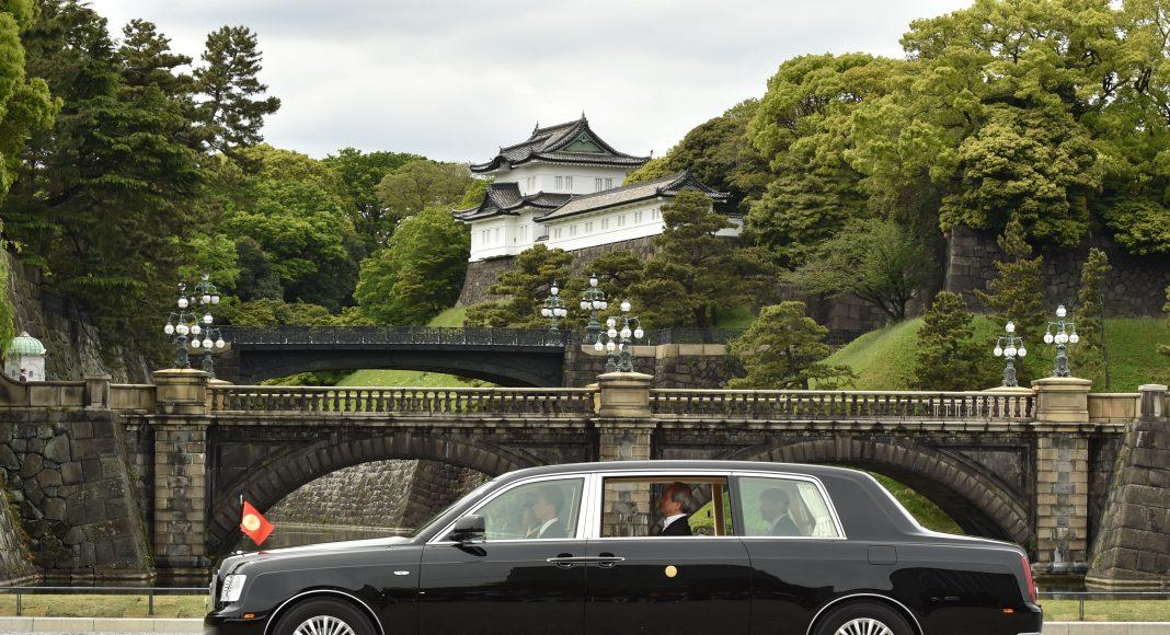 Toyota-Century-Naruhito_3-1068x580 Masina unicat a noului Imparat al Japoniei
