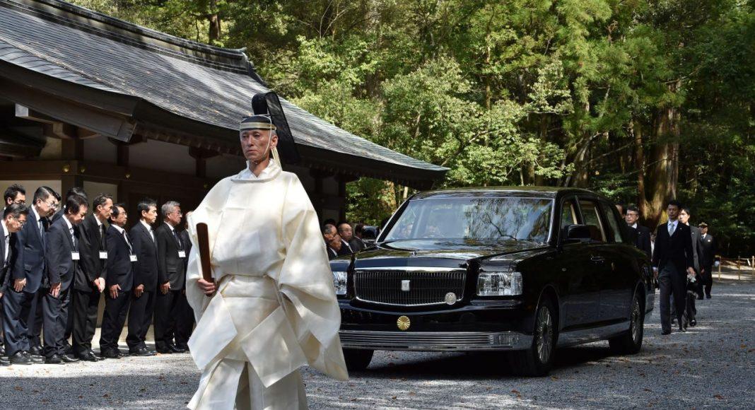 Toyota-Century-Royal-4-1068x580 Masina unicat a noului Imparat al Japoniei