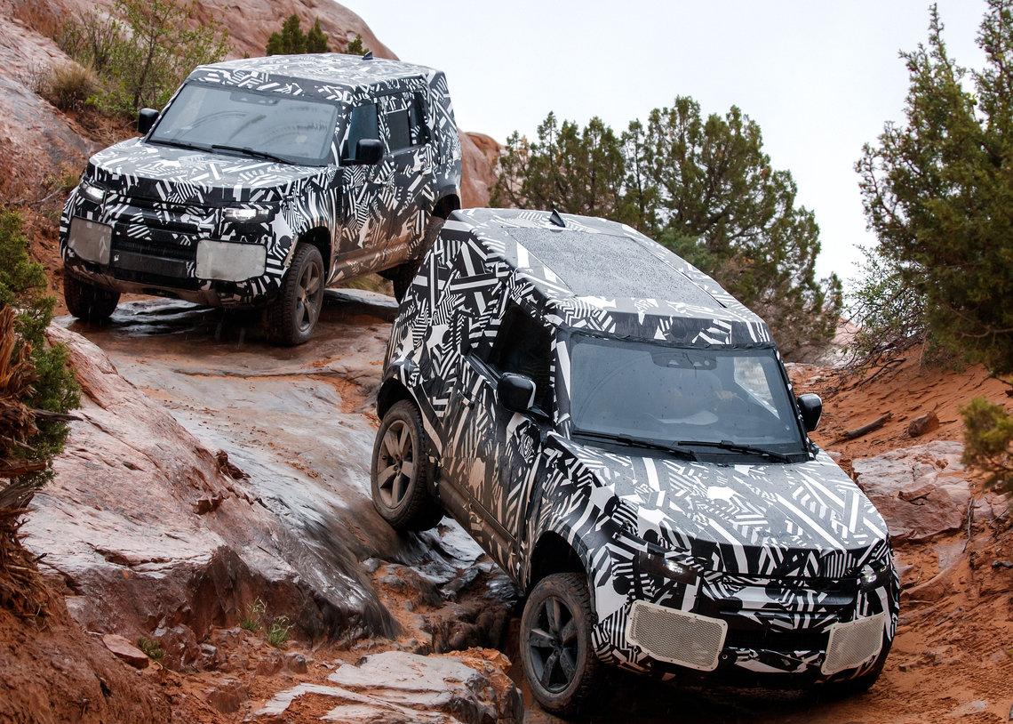 cropthumbnail-lrdefenderwlrd30041906-resize-1140x1710-crop-1140x814 Noul Land Rover Defender atinge hotarul de 1.2 mil. kilometri de teste si proiectare