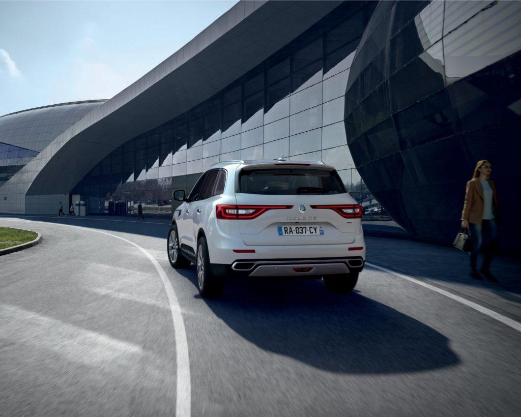 Renault-Koleos-1-1024x820 Renault face update pentru cel mai mare SUV al sau