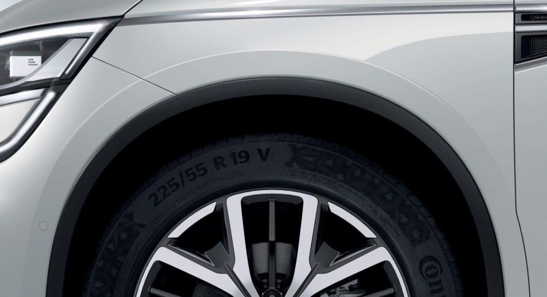 Renault-Koleos-2-1068x580 Renault face update pentru cel mai mare SUV al sau