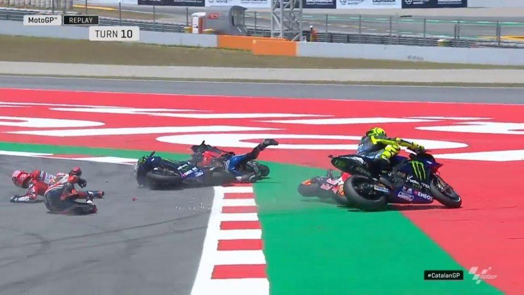 accident-MotoGP-1024x576 MotoGP: Marquez castiga in Catalunya. Lorenzo provoaca haos