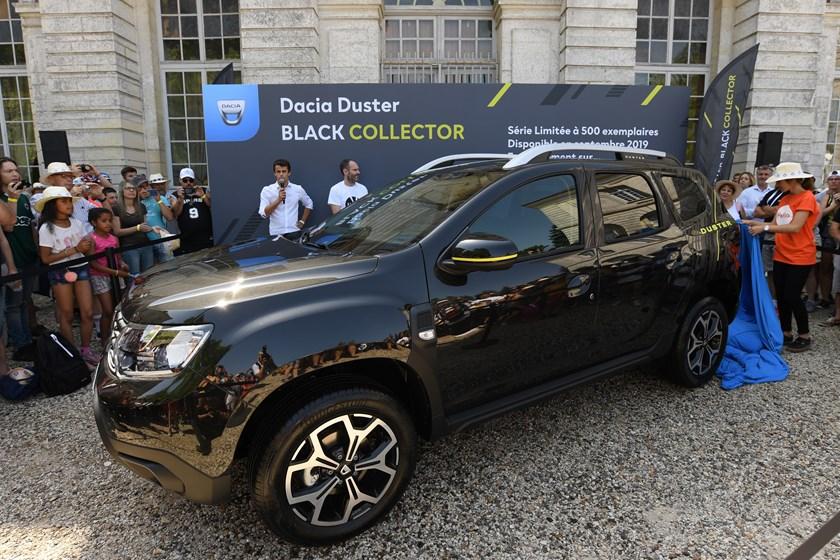 21229495_2019_Big_DACIA_picnic_at_Chaalis_Abbey-Copy Dacia Duster primeste o editie de colectie!