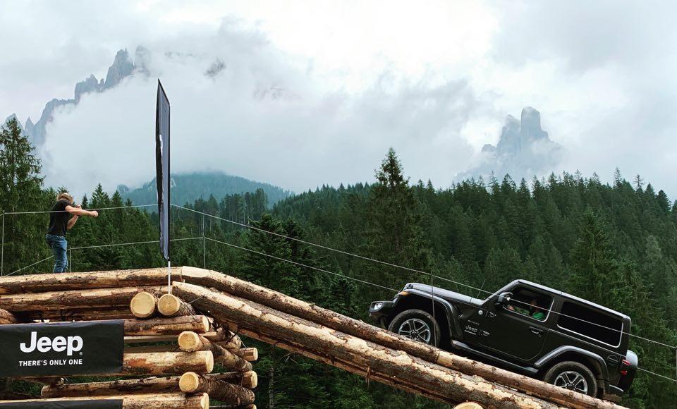 66463083_315432762670404_8688406548440940544_n-960x580 Gladiator este vedeta Camp Jeep 2019