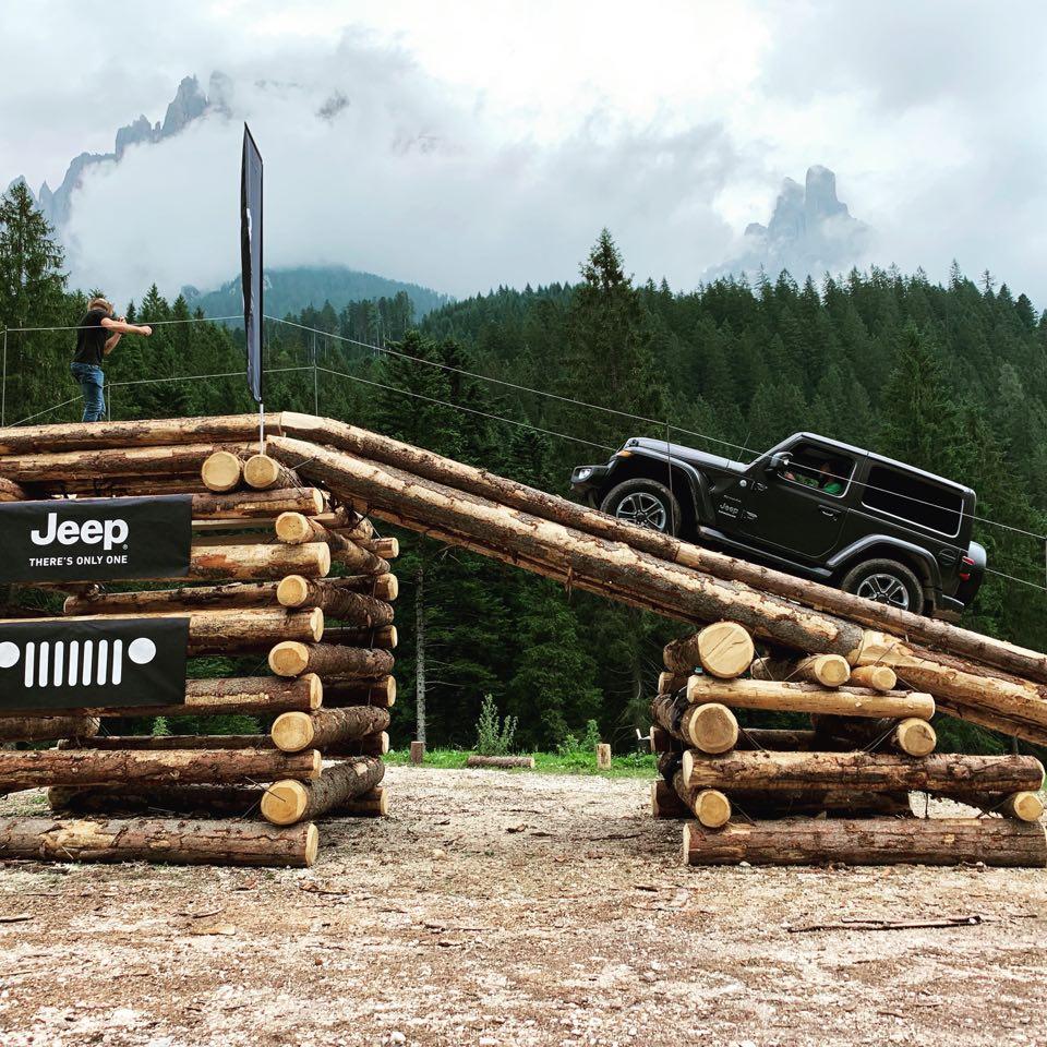 66463083_315432762670404_8688406548440940544_n Gladiator este vedeta Camp Jeep 2019