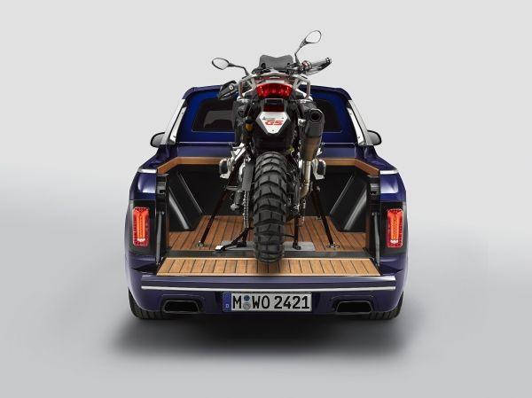 P90357106_lowRes_the-bmw-x7-pickup-wi X7 Pickup! BMW se joaca sau are ganduri mari?