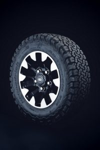 Defender-classic-3-200x300 Defender 1994-2016? Surpriza de la Land Rover Classic!