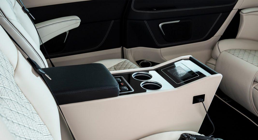 Mercedes-Benz-V-Class-BRABUS-Business-Plus-11-1068x580 Mercedes-Benz V-Class mai scump decat Ferrari!