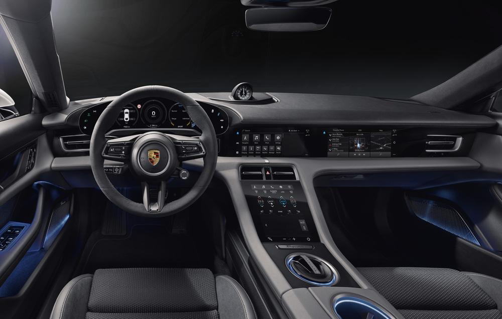 Porsche-Taycan-4 Porsche Taycan: Masina sport, reproiectata sustenabil