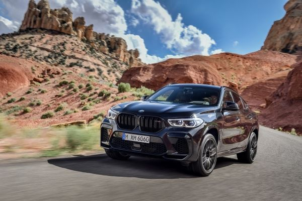 P90367343_lowRes_the-new-bmw-x6-m-and BMW X5 si X6, noile M dar si M Competition