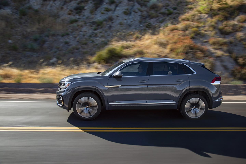 Volkswagen-Atlas-Cross-Sport-1 Volkswagen isi creste gama SUV cu Atlas Cross Sport