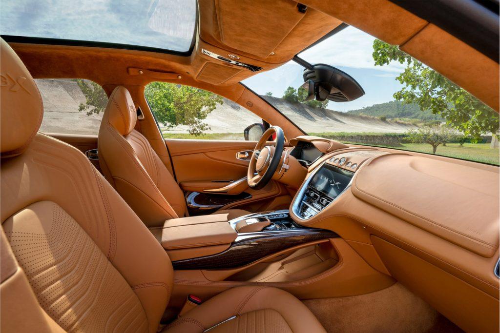 Aston-Martin-DBX_5-1024x683 Aston Martin DBX, prezentare in China si in LA!